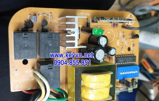 Sửa bo mạch hộp điều khiển cửa cuốn